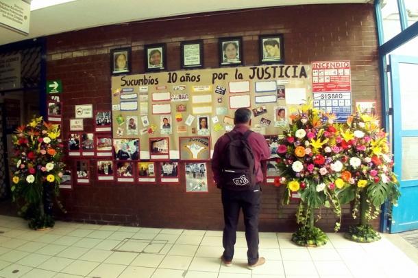 Mural enu00a0u00a0Universidad Nacional Autu00f3noma de Mu00e9xico (UNAM) tras cumplirse los 10 au00f1os de bombardeo en Angostura.u00a0