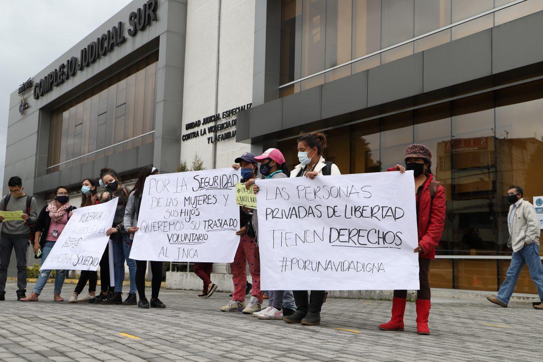Familiares de personas privadas de libertad realizaron un plantón en los exteriores del Complejo Judicial Sur